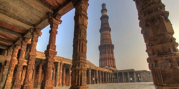 Qutub Minar with Delhi sightseeing