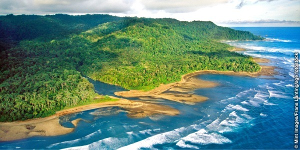 When is the best time to visit Costa Rica