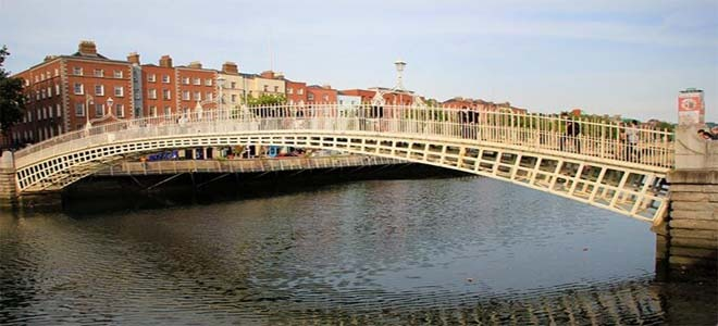 Ha' Penny Bridge, Dublin