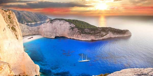 The 10 most beautiful islands of Greece
