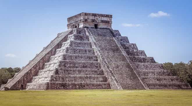 Cancun pyramid